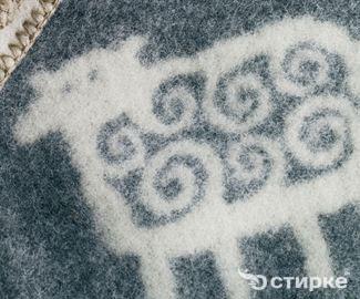 Можно ли постирать шерстяное одеяло дома
