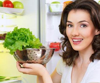 Как быстро и аккуратно разморозить холодильник